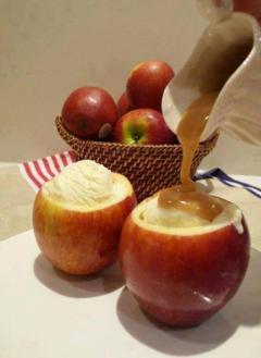 apple bowl sundaes