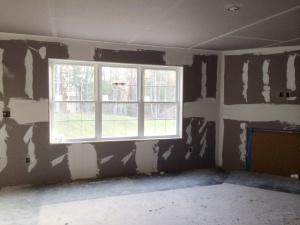 Living Room (Units 21-24)