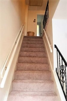 stairs up 104 newcomb
