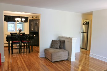living room to dining room and kitchen