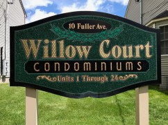 Willow Court Condominiums