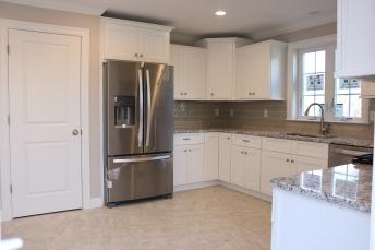 12 Prairie fully applianced kitchen