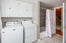 Competely remodeled full bath and laundry room